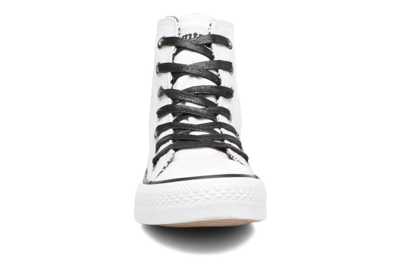 Baskets MTNG Emi 13992 Blanc vue portées chaussures