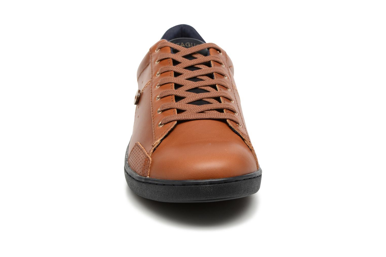 Sneakers Faguo Hosta Set & Match Marrone modello indossato