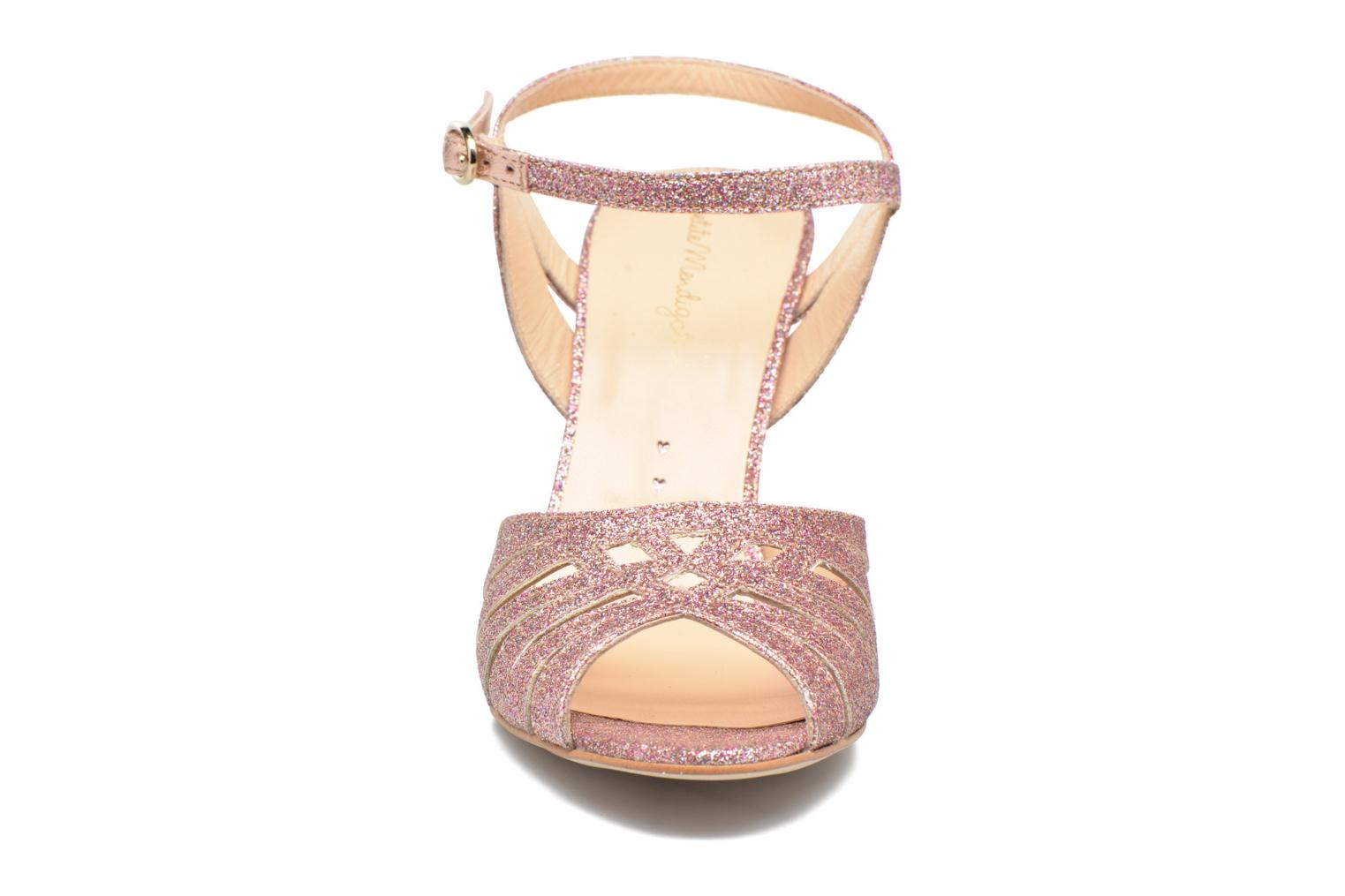 Sandals Petite mendigote Hibiscus Pink model view