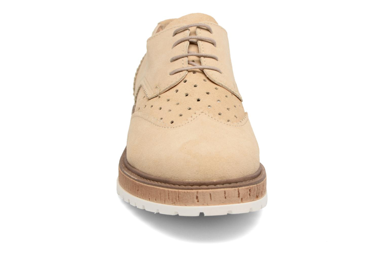 Crissy Lace Up 275 Creme beige