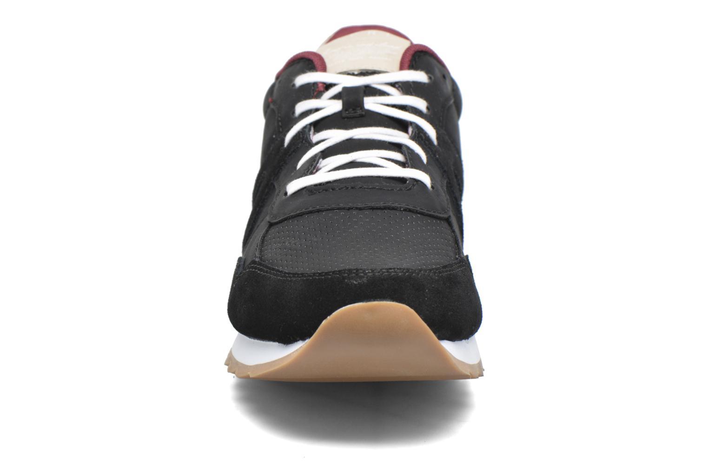 Baskets Esprit Astro Lace Up Noir vue portées chaussures