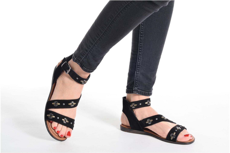 Sandales et nu-pieds Minnetonka Tangier Noir vue bas / vue portée sac