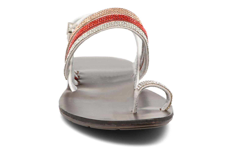 Sandalen Chattawak Nina rot schuhe getragen