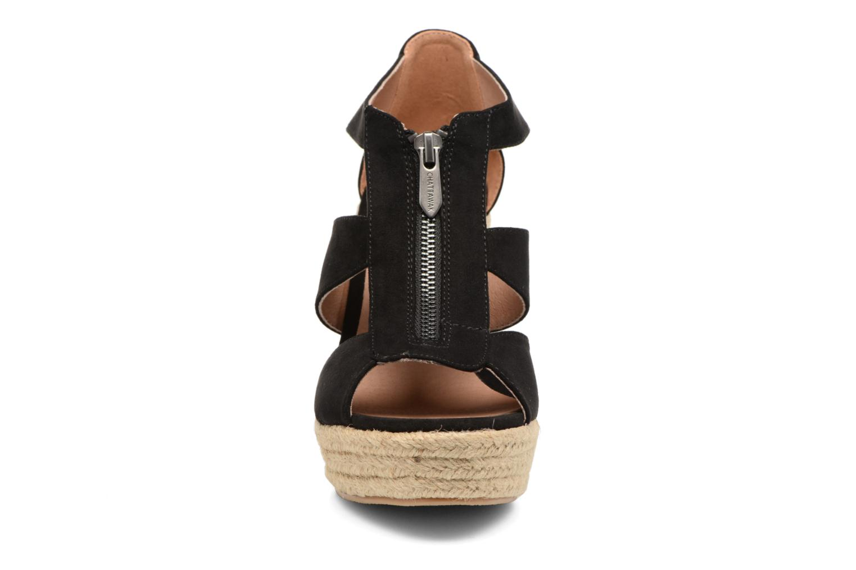 Sandales et nu-pieds Chattawak Debby Noir vue portées chaussures