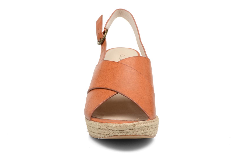 Sandales et nu-pieds Chattawak Julie Marron vue portées chaussures