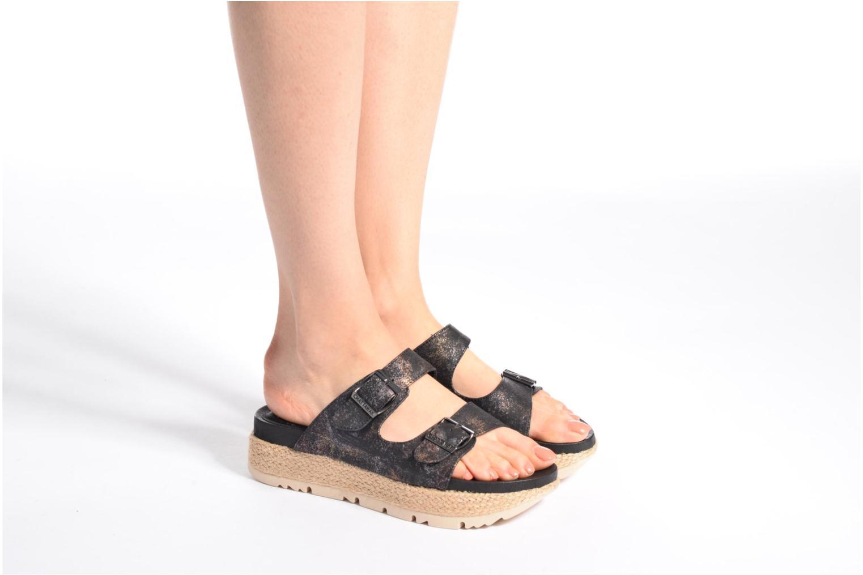 Sandales et nu-pieds Chattawak Lisette Noir vue bas / vue portée sac