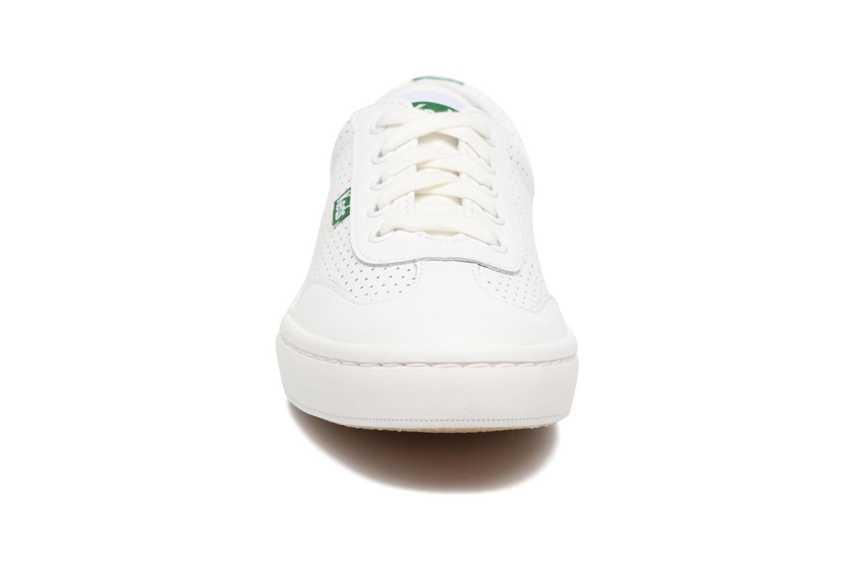 Baskets Keds Tournament Perf Blanc vue portées chaussures