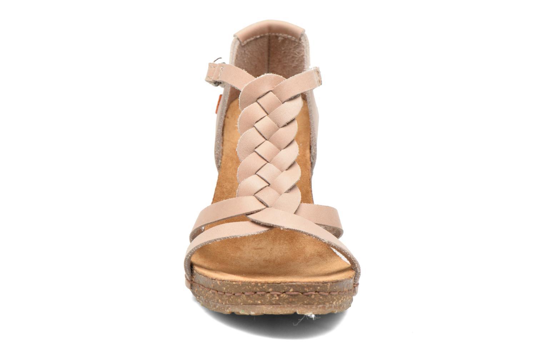 Sandales et nu-pieds Art Valby 438 Beige vue portées chaussures