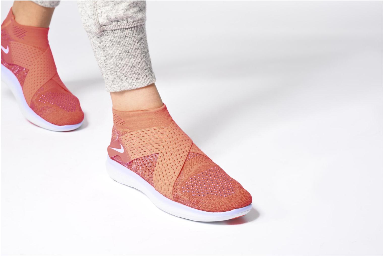 Chaussures de sport Nike W Nike Free Rn Motion Fk 2017 Noir vue bas / vue portée sac
