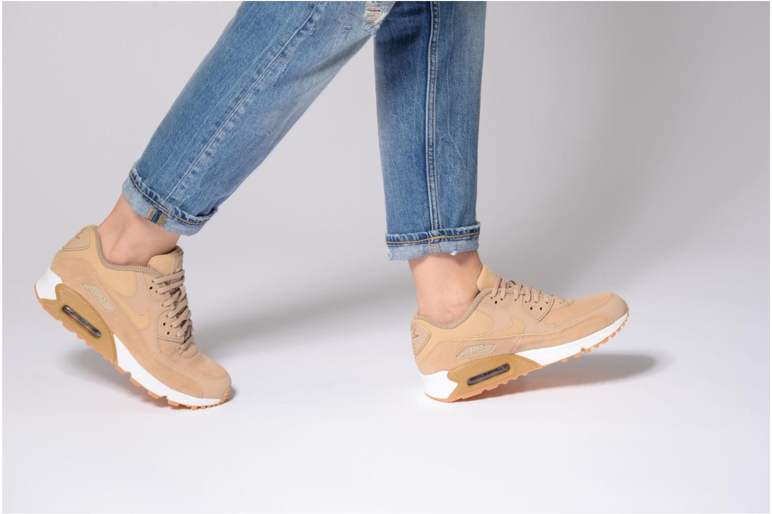 Trainers Nike Wmns Air Max 90 Se Pink view from underneath / model view