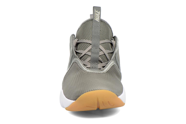 Baskets Nike W Nike Loden Vert vue portées chaussures