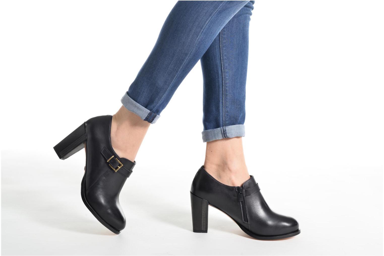Stiefeletten & Boots Neosens Gloria S178 braun ansicht von unten / tasche getragen