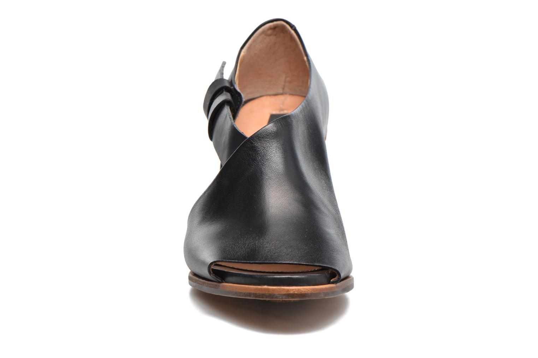 Sandales et nu-pieds Neosens Noah S217 Noir vue portées chaussures