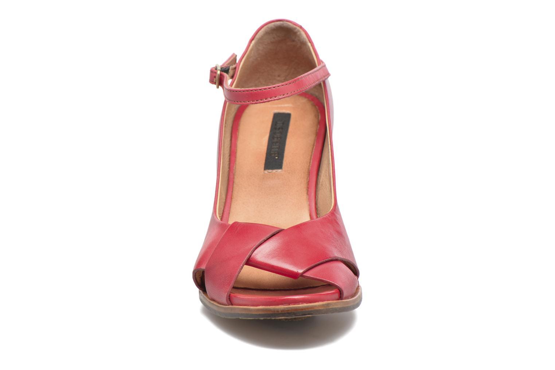 Escarpins Neosens Altesse S467 Rouge vue portées chaussures