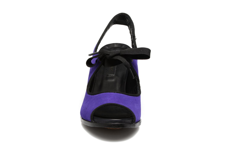 Zapatos de tacón Neosens Altesse S468 Violeta      vista del modelo