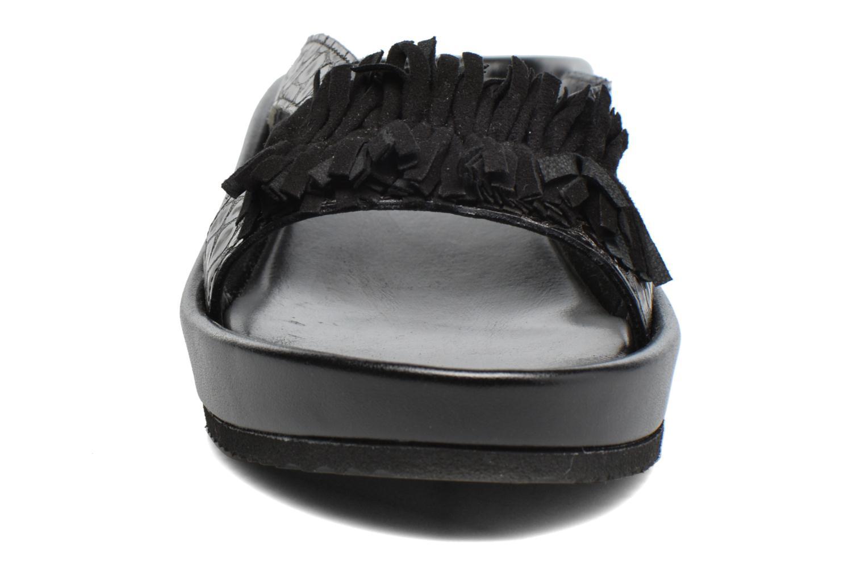 Sandali e scarpe aperte Elizabeth Stuart Pull 938 Nero modello indossato