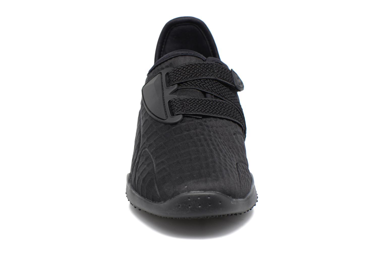 Baskets Puma WNS MOSTRO FASHION Noir vue portées chaussures