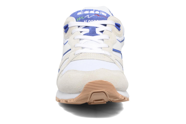 Baskets Diadora N9000 III Beige vue portées chaussures