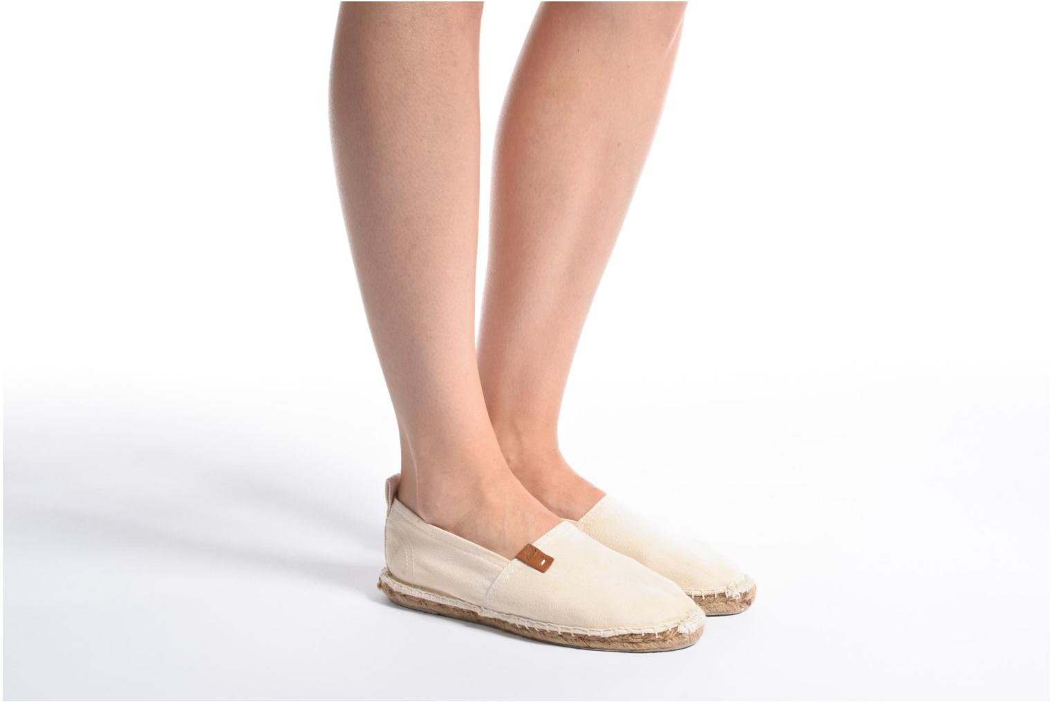 Espadrilles Coolway Janira White view from underneath / model view