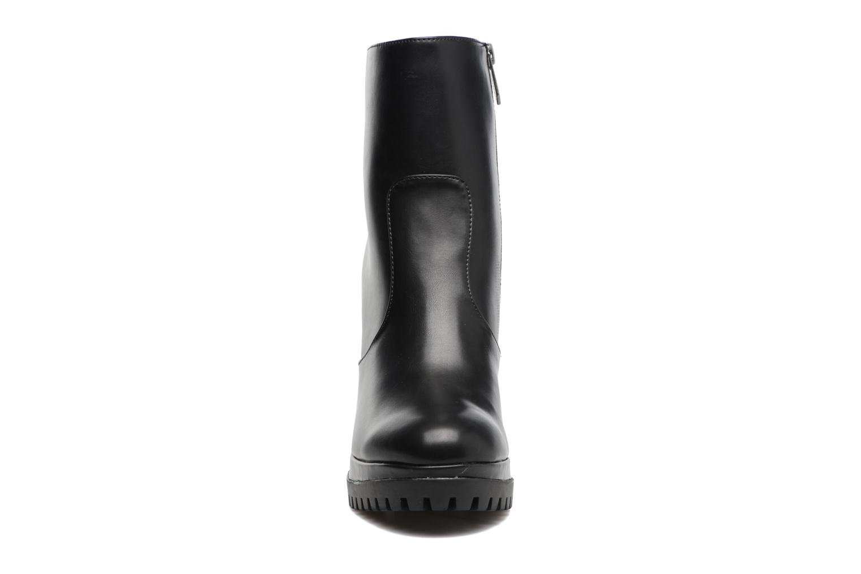 Bottines et boots Chattawak Manon Noir vue portées chaussures
