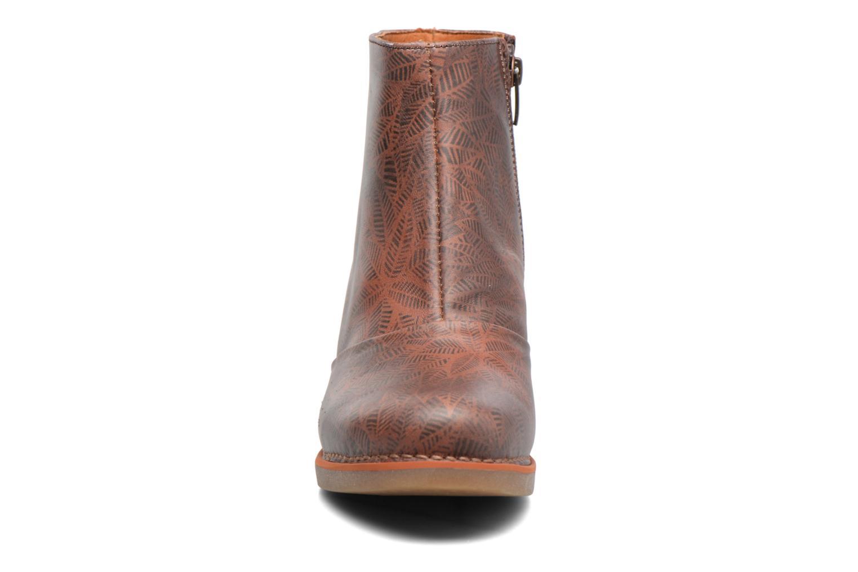 Bottines et boots Art ST TROPEZ 1073 Marron vue portées chaussures