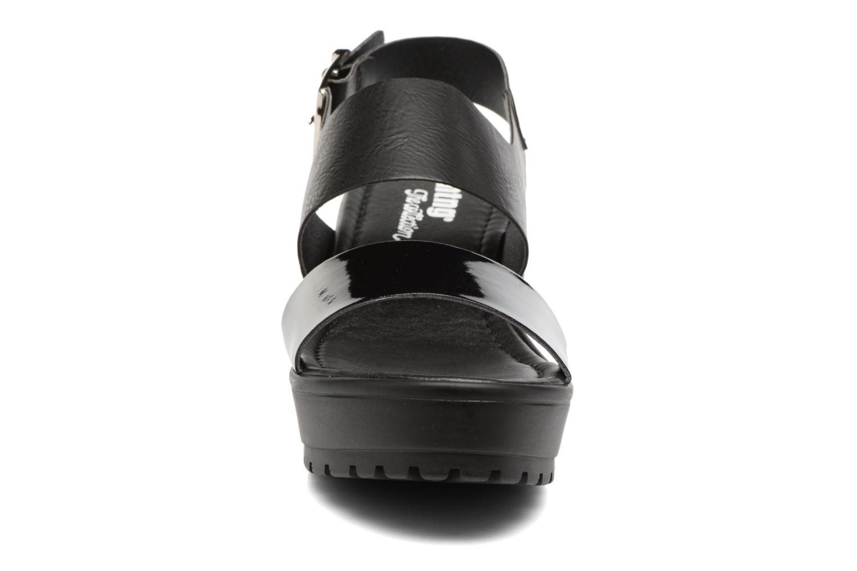 Sandalen MTNG Charlot 50992 schwarz schuhe getragen