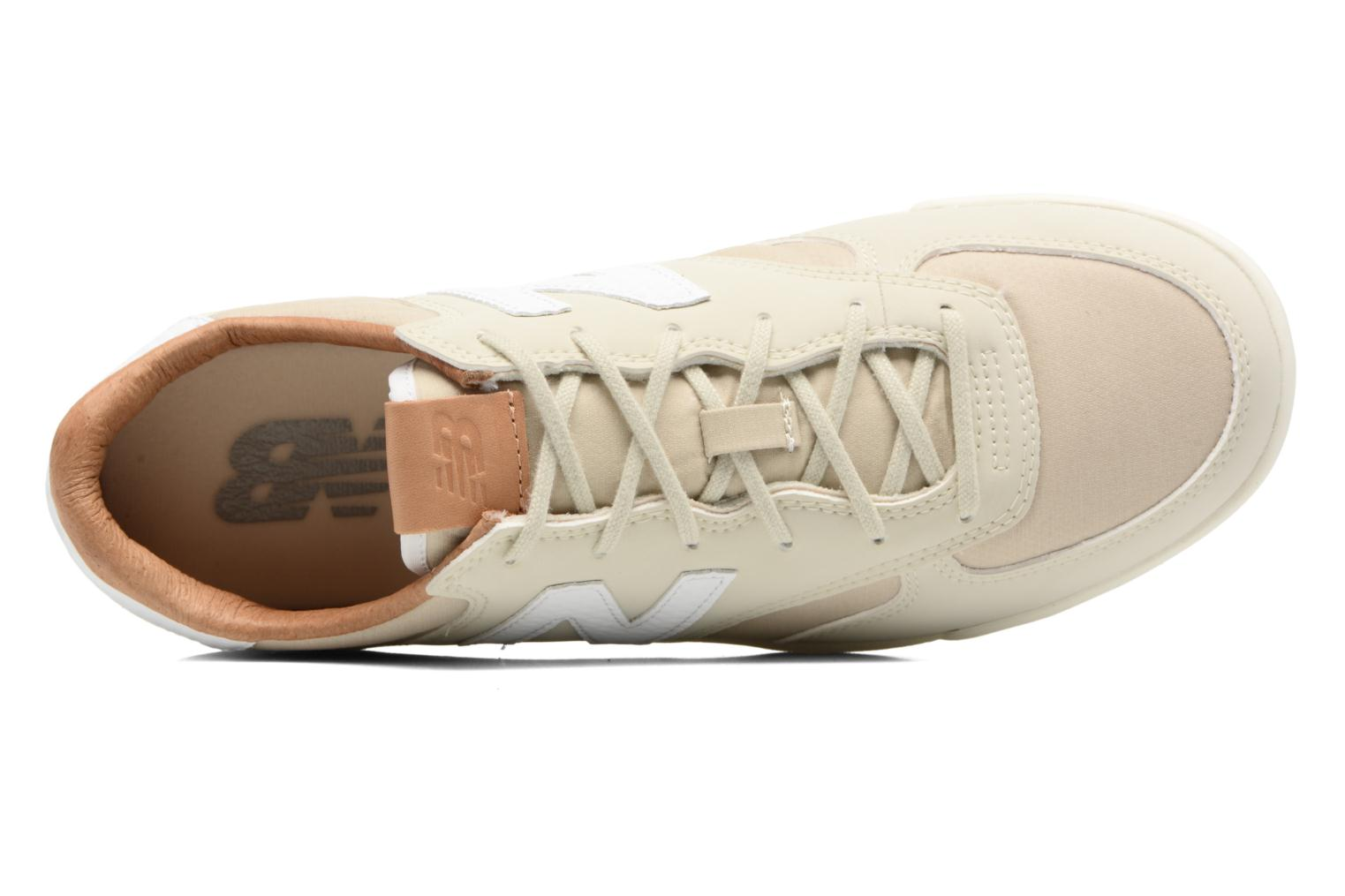 Trainers New Balance WRT300 Beige view from the left
