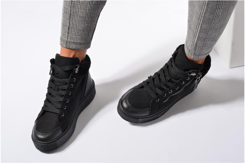 Baskets I Love Shoes THEMO Noir vue bas / vue portée sac