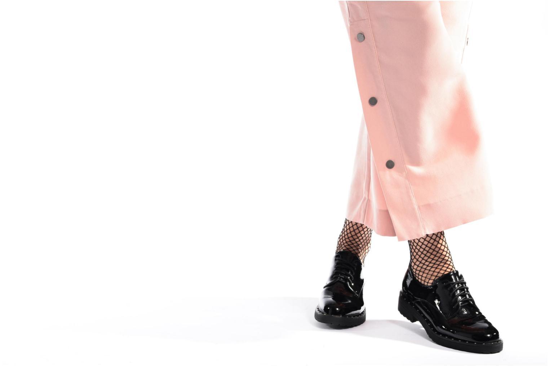 Chaussures à lacets I Love Shoes THRYCIA Noir vue bas / vue portée sac