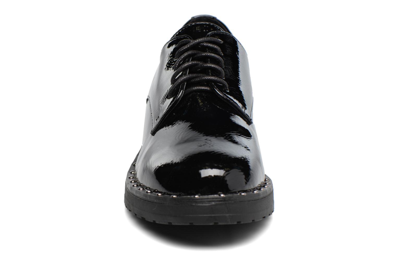 Zapatos con cordones I Love Shoes THRYCIA Negro vista del modelo