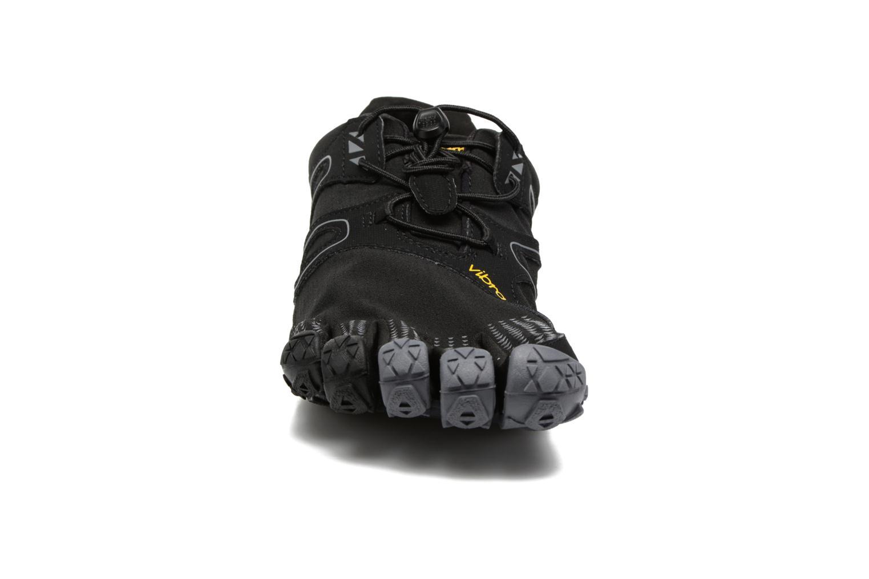 Sportschuhe Vibram FiveFingers V-Trail schwarz schuhe getragen