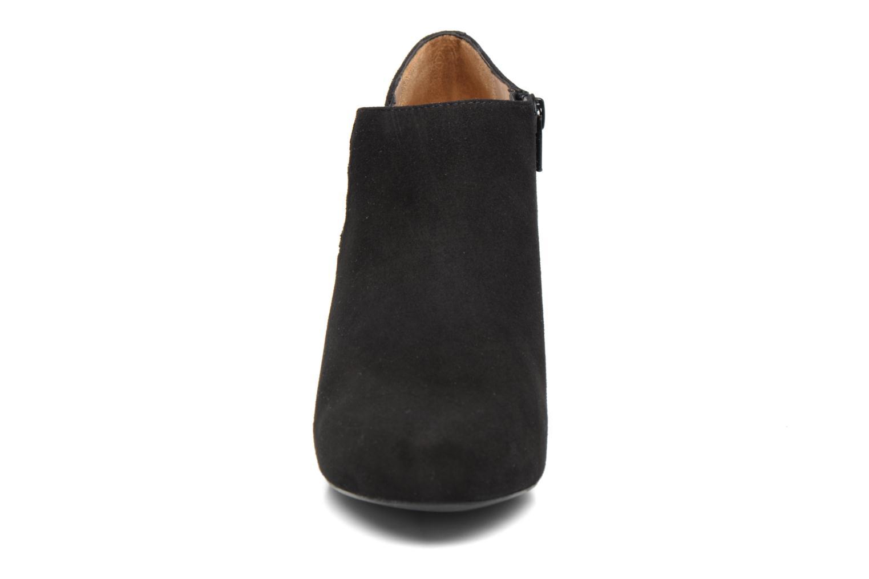 Ankle boots Unisa Nelas Black model view