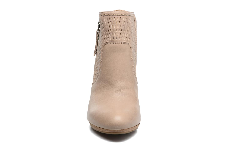 Bottines et boots Geox D KALI A Beige vue portées chaussures