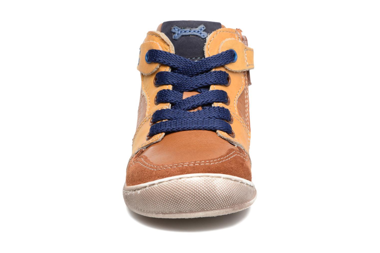 Bottines et boots Stones and Bones Toyo Jaune vue portées chaussures