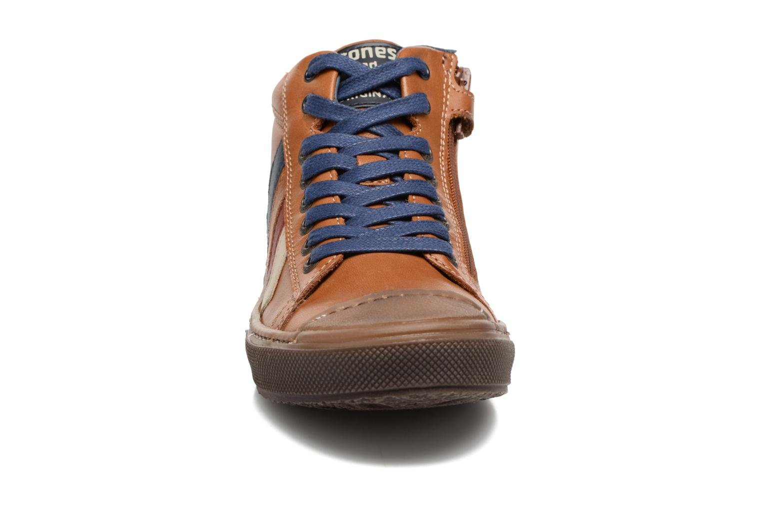 Trainers Stones and Bones Rosto Brown model view