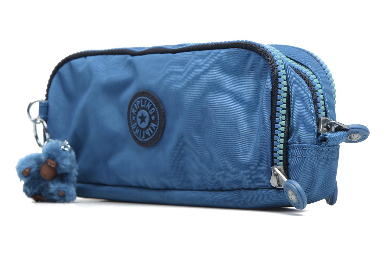 Scolaire kipling GITROY Trousse 3 compartiments Bleu vue portées chaussures