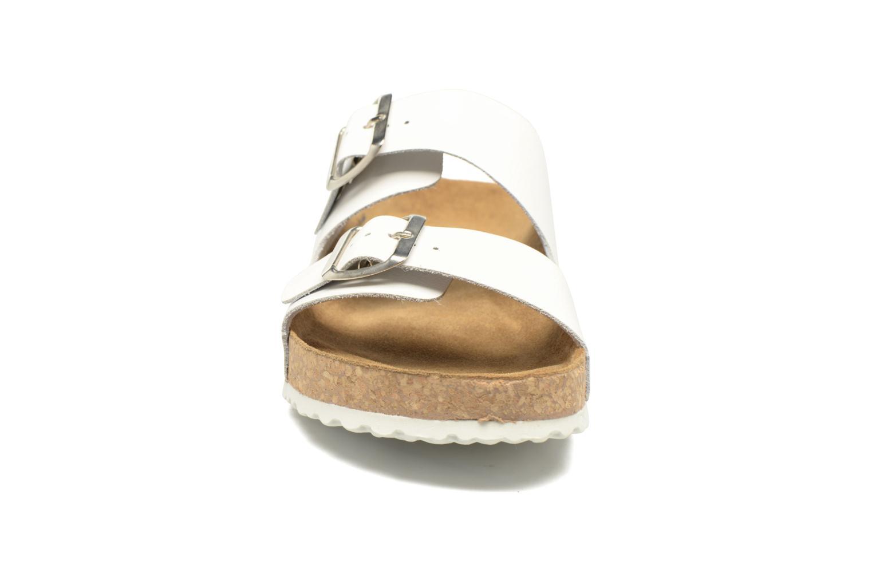 Sandales et nu-pieds El Naturalista Waraji NE30 M Blanc vue portées chaussures