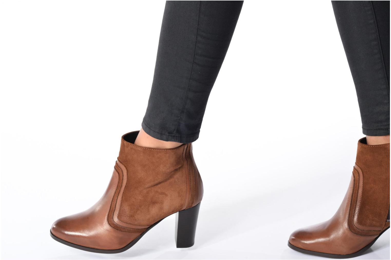 Bottines et boots Georgia Rose Cepart Marron vue bas / vue portée sac