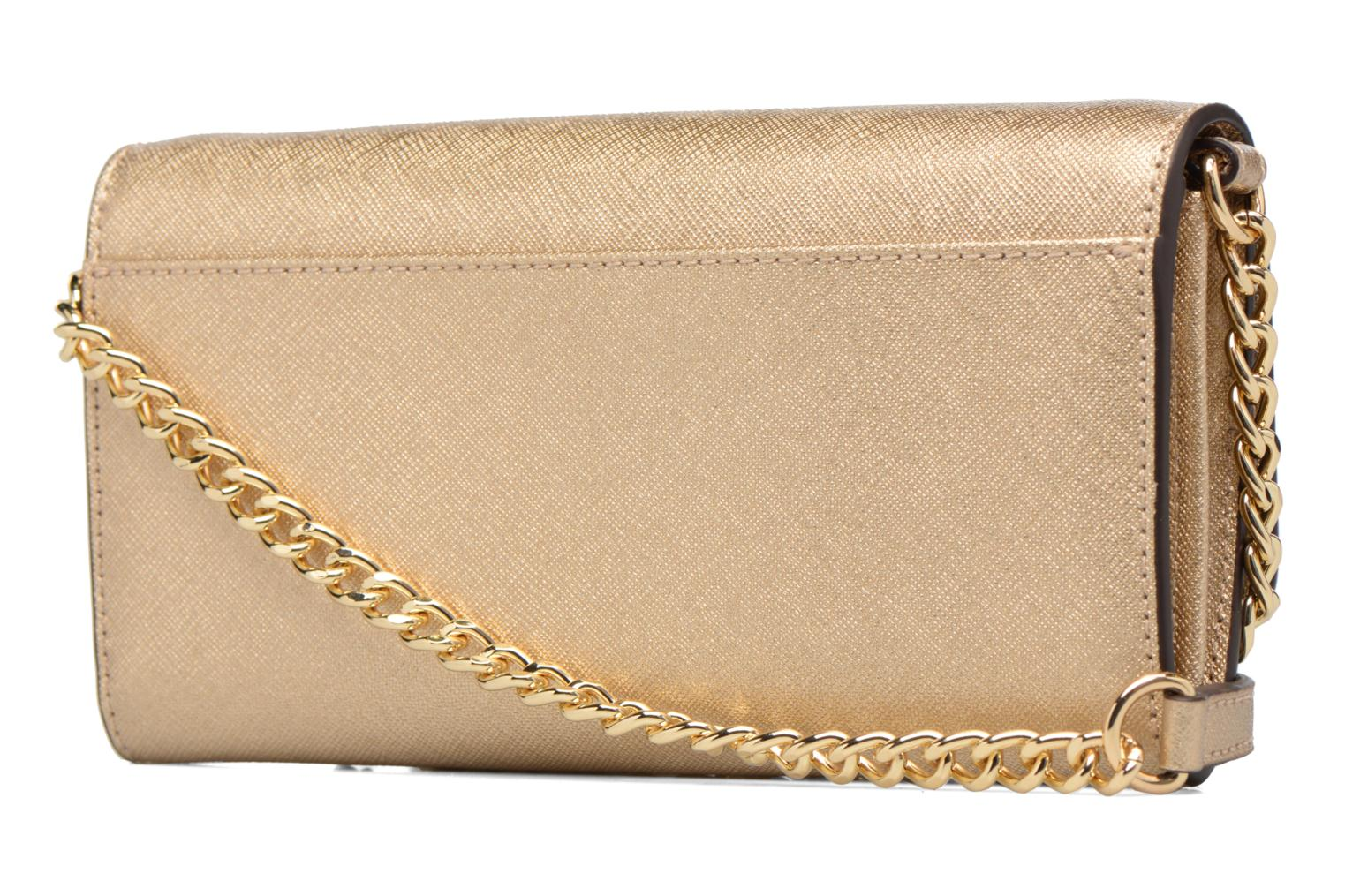Jet Set Wallet on a chain 740 Pale Gold