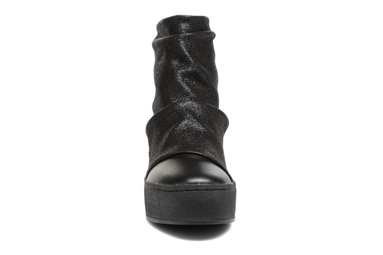 Bottines et boots Colors of California Giulia Noir vue portées chaussures