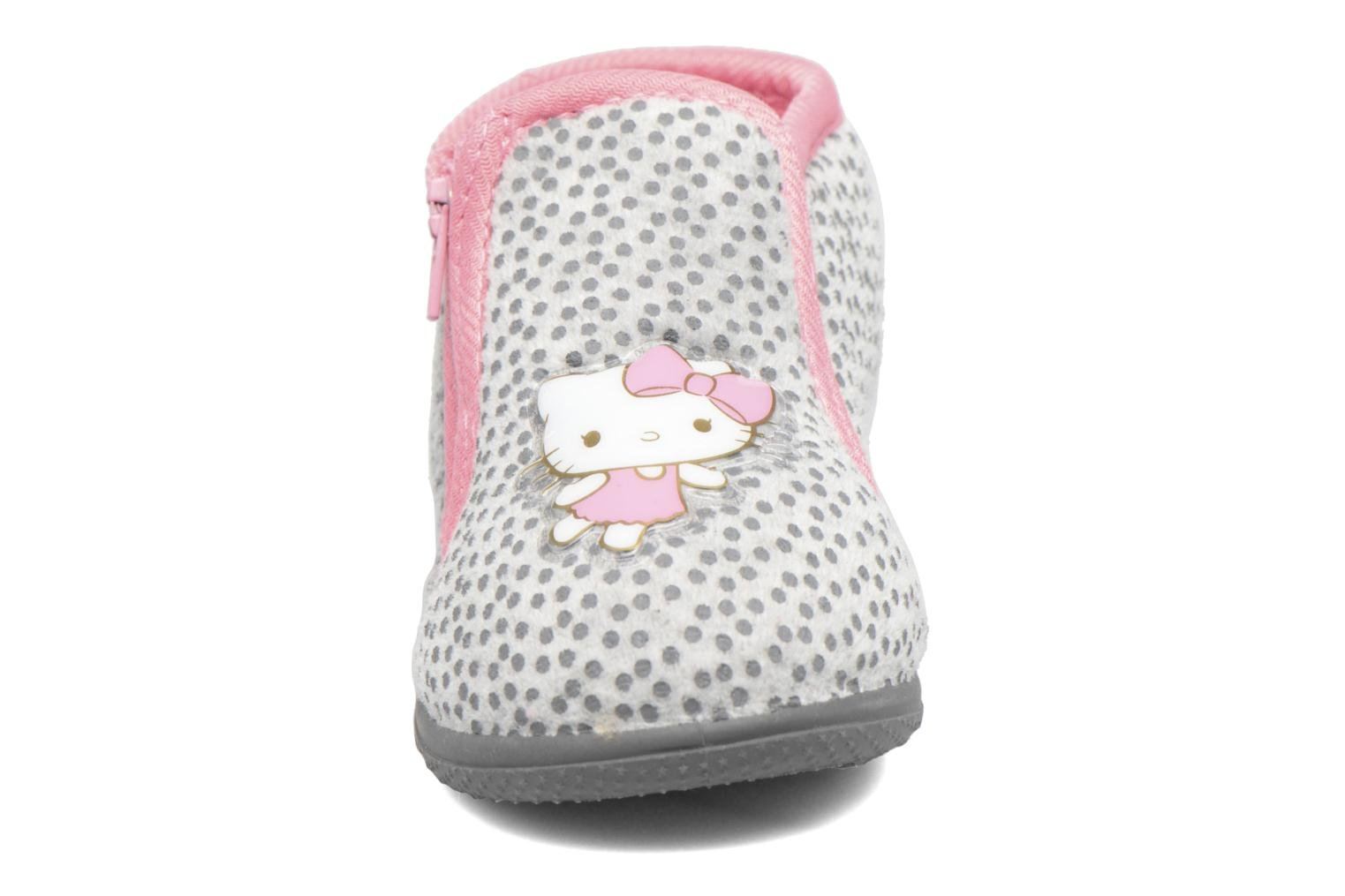 Chaussons Hello Kitty Blanca Gris vue portées chaussures