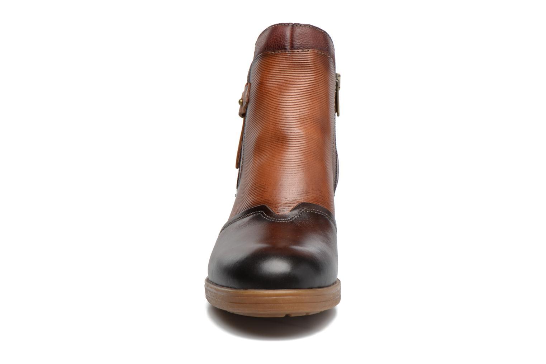 Bottines et boots Pikolinos LYON W6N-8950C1 Marron vue portées chaussures