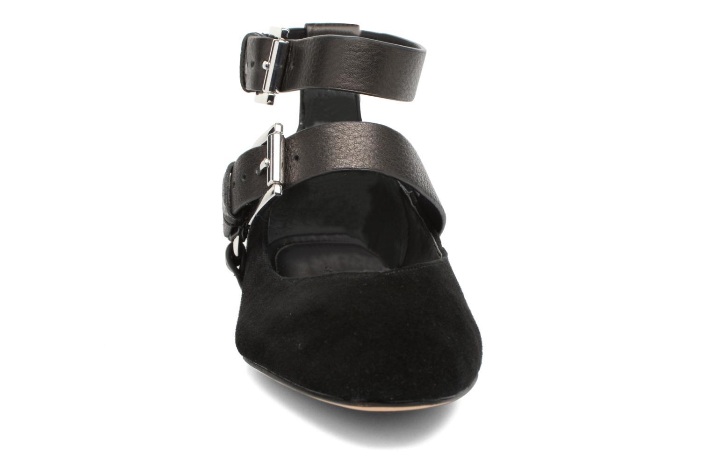 Ballerines Rebecca Minkoff Vivica Noir vue portées chaussures