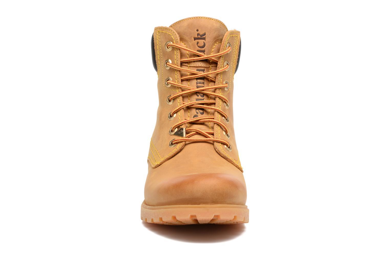 Bottines et boots Panama Jack Panama 03 C1 Jaune vue portées chaussures