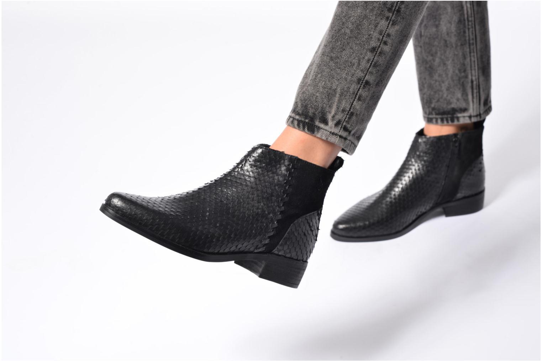 Bottines et boots Kaporal Nathalie Noir vue bas / vue portée sac