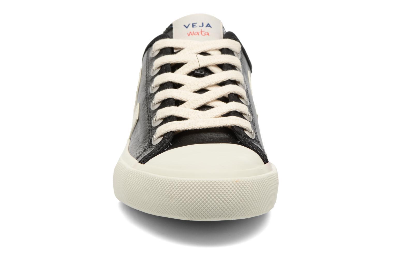 Baskets Veja WATA LEATHER Noir vue portées chaussures