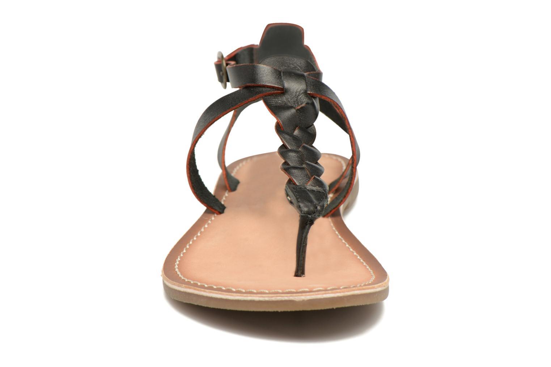 Sandales et nu-pieds Kickers Diabolo Noir vue portées chaussures