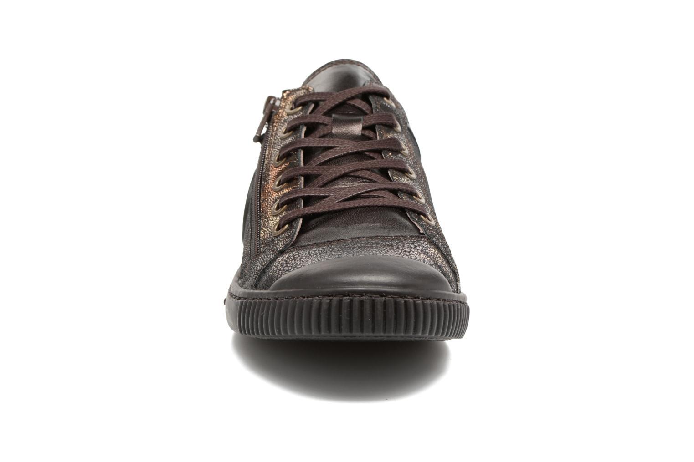 Baskets Pataugas Bisk/Ca Or et bronze vue portées chaussures