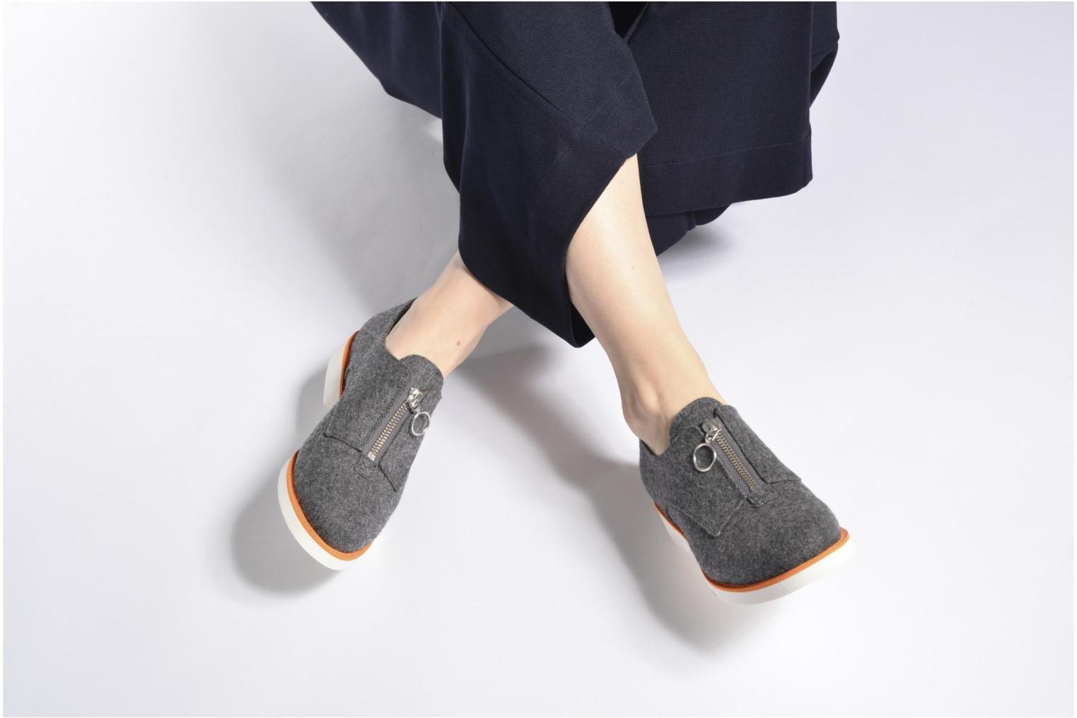 Loafers Made by SARENZA Busy Girl Chaussures à Lacets #1 Grey view from underneath / model view