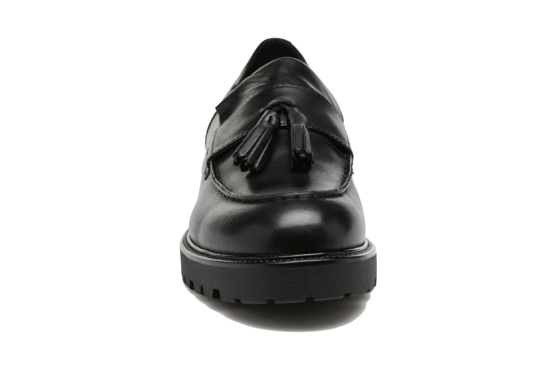 Mocassins Vagabond Kenova 4441-101 Noir vue portées chaussures